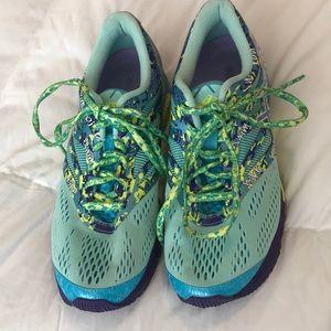 Asics Shoes - Like New Asics Gel Noosa TRI 10 Size 6.5
